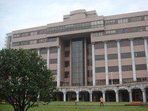 会場の宮崎公立大学